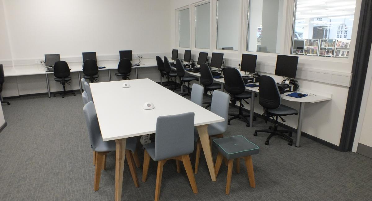 Aylesbury Library - Meeting Table and Chairs