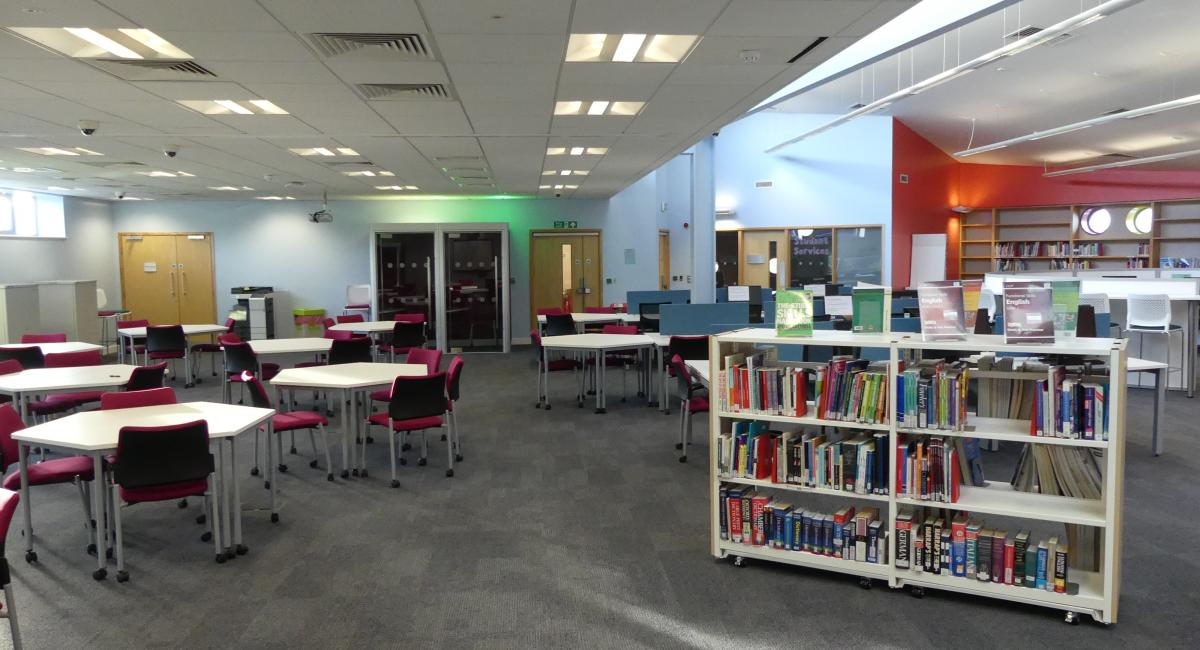 Library And Virtual Learning Areas At Milton Keynes College